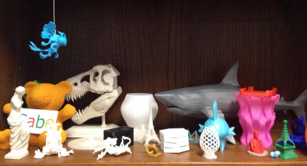 3D printed itmes on display at Weston Highschool Libary